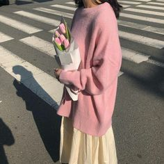Angel aesthetic, modesty fashion, all the colors, minimalist fashion, straw Angel Aesthetic, Brown Aesthetic, Korean Aesthetic, Aesthetic Grunge, Aesthetic Vintage, Aesthetic Girl, Aesthetic Clothes, Modesty Fashion, Paris Dresses