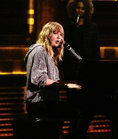 Taylor Swift New Year''s Day on Jimmy Fallon Show