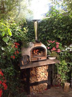 Brick Oven Outdoor, Outdoor Kitchen Bars, Pizza Oven Outdoor, Outdoor Kitchen Design, Wood Burning Oven, Wood Fired Oven, Wood Fired Pizza, Wood Oven, Diy Pizza Oven