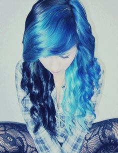 I'm in love with this color combination right here!! Maybe the blue as the tips, but still a really good combination!!