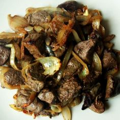 Beef Liver recipe with onions - Recipes Cook Onion Recipes, Mexican Food Recipes, Beef Liver, Dominican Food, Dominican Recipes, Liver Recipes, Le Chef, Kitchen Recipes, Mexican Recipes