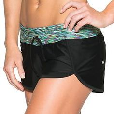 Hanalei Bay Kata Short - Reach into downward dog in between sets with a yoga-inspired print and design that gives you freedom to move.