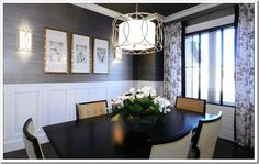 Elegant Dining with Grasscloth Wallpaper