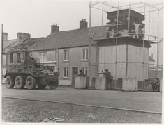 Outpost manned by members of the 1st Battalion, The Worcestershire and Sherwood Foresters Regiment, Crossmaglen, 1977 | Online Collection | National Army Museum, London