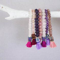 © UN JE NE SAIS QUOI www.unjenesaisquoi.ch Tassel Necklace, Photo And Video, Pink, Jewellery, Instagram, Fashion, Bijoux, Moda, Jewels