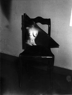 Broken mirror nude, 1950's by Wally Elenbaas | black & white fine art photography | vintage nude | light and shade |