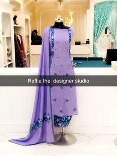 Designer Punjabi Suits Patiala, Latest Punjabi Suits, Punjabi Suits Designer Boutique, Punjabi Suits Party Wear, Indian Designer Suits, Punjabi Suit Simple, Embroidery Suits Punjabi, Kurta Neck Design, Indian Bridal Outfits
