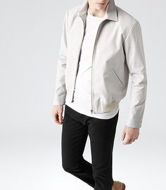 Our take on the modern men's Harrington jacket is an ideal throw-on for the unpredictable weather