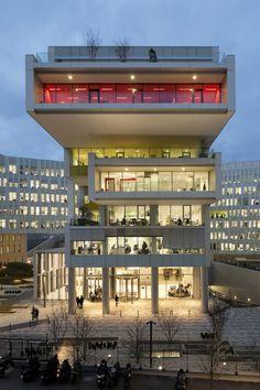 SFR Headquarters  / Jean-Paul Viguier Architecture Great Use of Transparent Coloured Film!