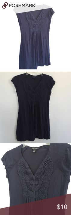 Navy Banana Republic Vneck Crochet Top S Very cute vneck crochet top! Worn once. Great condition! Banana Republic Tops Blouses