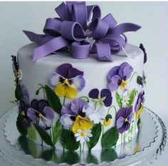 Spring Purple Flower Cake...these are the BEST Cake Ideas!