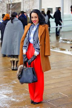 Street Chic: New York Fall 2013 Collections A camel coat makes lipstick red pants pop New York Fashion Week Street Style, Nyfw Street Style, Street Chic, Street Wear, Love Fashion, Retro Fashion, Autumn Fashion, Girl Fashion, Fashion Design
