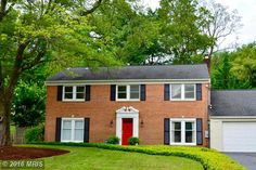 1806 Rupert Street, McLean, VA Contact: Karen Close 703-517-9477 Charmingly updated 4/5 bedroom Col. that is scrubbed, polished & priced to impress!! Gourmet kit w/gas cooking~Great room with stone FP off kitchen is perfect for large scale dining/entertaining. Main level guest quarters & work at home office. Upper level offers Master Suite with HUGE walk in closet, 2 bedrooms & bath plus a lovely country style living room overlooking private landscaped pool.