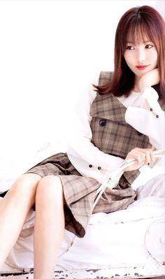 Yuju South Korean Girls, Korean Girl Groups, Gfriend Yuju, Summer Rain, G Friend, Kpop Girls, Asian Girl, Female, Celebrities