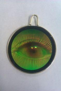 Magic eye hologram pendant