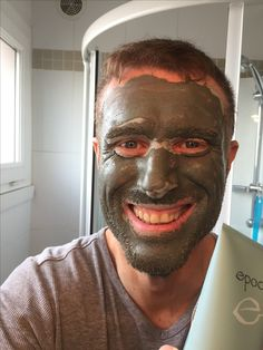 After using this purifying mineral-rich clay mask with sea botanicals, your skin will feel cleansed, revitalised and soft. My Beauty, Beauty Secrets, Health And Beauty, Nu Skin, Skin Head, Face Skin, Epoch Mud Mask, Marine Mud Mask, Glacial Marine Mud
