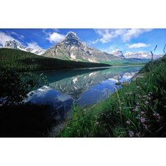 Rocky Mountains Along The Columbia Icefields Parkway Alberta Canada Canvas Art - Robert Postma Design Pics (18 x 12)