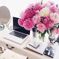 Office inspiration, desk inspiration, office decor, pink flowers, MacBook