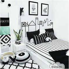Hiasan Dinding Kamar Tidur Kreatif
