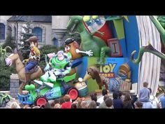 Disneyland Paris Couple Trailer