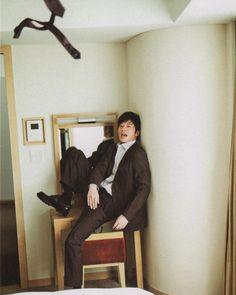 Celebs, Celebrities, Japanese, Poses, Selfie, Figure Poses, Japanese Language, Foreign Celebrities, Celebrity