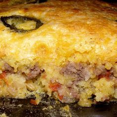 Mexican Cornbread Casserole {Very simple recipe that you can throw together quickly for an easy weeknight meal. I did add extra hamburger and cheese.}