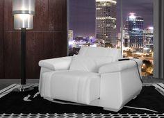 white-leather-Lamborghini-massage-armchair.jpg (2000×1448)
