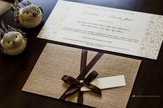 Rústico-chique e elegante: convite de casamento com envelope do tipo luva.