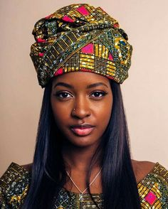 Sira Kante wear the bottom as a big so I can show hair in this in hs Beautiful African Women, Beautiful Black Girl, African Beauty, African Fashion, African Girl, Black Girl Magic, Black Girls, Sira Kante, African Head Wraps