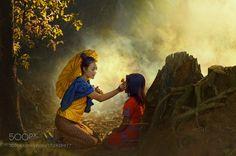 Girls in Kabaya dress by rarindra