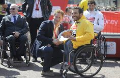 'It was never an option not to be here': Prince Harry praises London Marathon runners and brave Boston bomb victims as tens of thousands hit the streets to enjoy spectacular race in spring sun Prince Harry Of Wales, Prince Henry, Prince Harry And Meghan, London Marathon Runners, Uk News, Royal Families, British Royals, Role Models, The Man