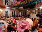 As festas juninas do Maranhão, especialmente o Bumba meu Boi, reúnem milhares de pessoas de todos os estados brasileiros.