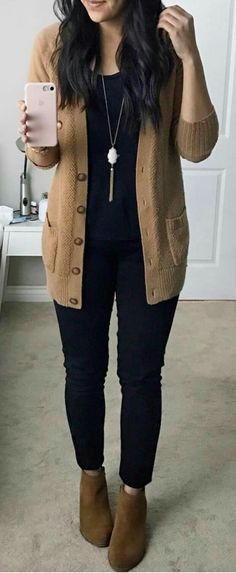4d403f60343 Matching sweater or jacket with boots or shoes thrown over all. Black  Cardigan OutfitBlack Jeans ...