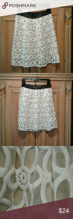 Pins and Needles SKIRT Size 8 Good condition pins  and  needles urban outfitters Skirts Midi