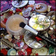 July In The Sky, mon blog Beauté, Mode et Lifestyle: La guerre des boutons, mes armes anti-imperfections et anti-acné avec le Mineral Blemish Kit d'ELF !