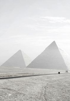 The pyramids in Egypt  - Tourism Marketing Concepts