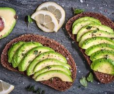 5 Expert Tips for Buying, Opening, and Storing Avocados