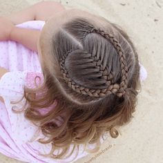 Inspired by my gorgeous friend @mybraidedprincess5 today with this half up heart style.  We finished it with soft curls. Also wanted to finish the month with a heart style for @jehat month of February #sharethehairlove fun!  #littlegirlshairstyles #cutegirlshairstyles #braid #braids #braidsforgirls #braidphotos #instabraid #instahair #peinados  #cutehairstyles101 #geflochten #hairstylesandtips #braidideas #bnwbraids #solopeinados @bestofhair #hairinspiration #flette #bnwbraids