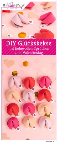 DIY DIY fortune cookies - gift idea for Valentine& Day MrsBerry.de - Instructions for DIY fortune cookies – With the free template and video instructions you can make - Diy Gifts For Mom, Diy Gifts For Boyfriend, Gifts For Him, Easy Gifts, Presents For Him, Valentines Bricolage, Valentines Diy, Valentine Day Gifts, Natal Diy