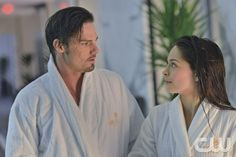 "Beauty and the Beast -- ""Date Night"" -- Pictured (L-R): Jay Ryan as Vincent and Kristin Kreuk as Catherine -- Image Number: BB120b_0293.jpg — Photo: Sven Frenzel/The CW -- © 2013 The CW Network, LLC. All rights reserved."