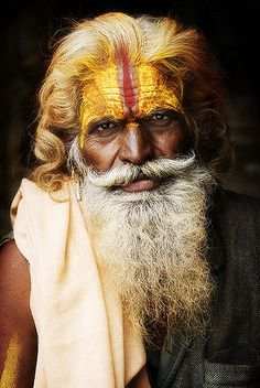 Sadhu-(Holy Man) The term 'sadhu' derives from the Sanskrit word meaning 'accomplish'. We Are The World, People Around The World, Ex Machina, Before Us, Interesting Faces, World Cultures, Beautiful People, Portrait Photography, Photos