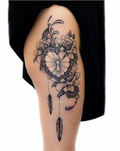 49 ideas for tattoo feather hip tatoo Feminine Tattoos, Girly Tattoos, Trendy Tattoos, Cute Tattoos, Beautiful Tattoos, Lotusblume Tattoo, Lock Tattoo, Herz Tattoo, Tattoo Liebe
