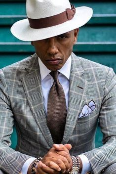 Gentleman style 304767099785632276 - Source by Der Gentleman, Gentleman Style, Sharp Dressed Man, Well Dressed Men, Designer Suits For Men, Business Casual Men, Business Outfits, Mens Fashion Suits, Mens Clothing Styles