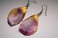 Items similar to Rose resin earrings with swarovski crystals Handmade Jewellery Rose petals on Etsy Handmade Jewelry, Unique Jewelry, Handmade Gifts, Antique Shops, Rose Petals, Swarovski Crystals, Beading, Resin, Anna