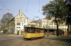 Oranjeboomstraat, hoek Nassaukade (1959).