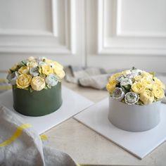 다른 분위기 -advanced, 1st week  #플라워케이크 #플라워케익#koreanflowercake #flowercake #buttercream #韓式唧花 #韓式裱花 #裱花蛋糕 #써드아이엠