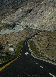 Road to Khunjerab Pass