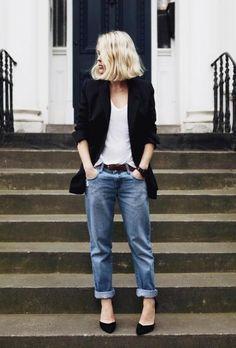 94a41be245 essential uniform Boyfriend Jeans
