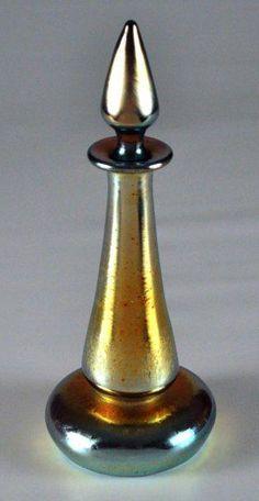 """Aurene, gold  - signed """"Steuben Aurene"""" Corning, NY, USA 1904-1933"""