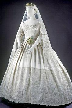 Vintage Modest Wedding Gowns @ CoverUpForChrist.com